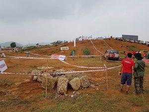 Những nhà vô địch ở giải đua xe ô tô địa hình Việt Nam