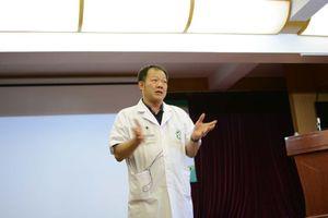 Bệnh viện Bạch Mai hướng dẫn sơ cứu tại chỗ sau các tai nạn tôn cứa cổ