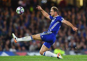 Chelsea bẽ mặt trong đội hình tệ nhất vòng 6 Premier League