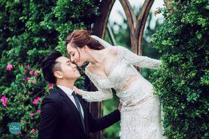 Bạn gái cũ Khánh Phương bất ngờ lấy chồng kém 2 tuổi