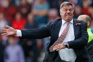 Báo Anh cáo buộc 8 HLV tại Premier League nhận hối lộ