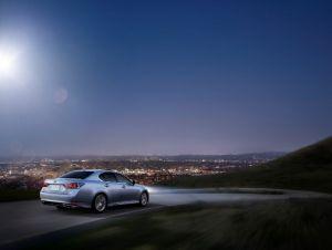 Lexus GS Turbo 2016 có giá 3 tỷ 130 triệu