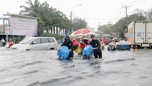 Tin thời tiết ngày 28/9: Nam Bộ vẫn tiếp tục mưa nhiều, có tốc lốc
