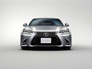 """Lexus GS Turbo 2016 """"chào hàng"""" Việt Nam, giá bán 3,1 tỷ đồng"""
