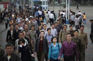 Hình ảnh Triều Tiên hối hả trong giờ cao điểm buổi sáng