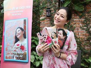 MC Quỳnh Hương truyền cảm hứng sống tích cực bằng những cuốn tản văn