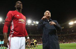 Mourinho nổi điên với trợ lý vì chỉ đạo sai Pogba