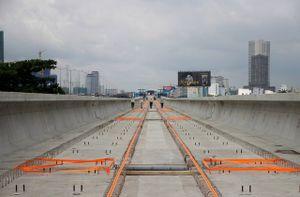 Hợp long cầu vượt sông Sài Gòn của tuyến metro số 1