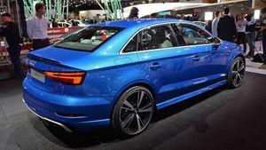Audi RS3 ra mắt với khối động cơ 2.5L 5 xi lanh sản sinh 400 mã lực