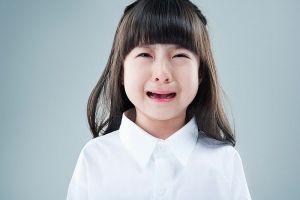 Bà mẹ 8X bày 9 tuyệt chiêu trị thói mè nheo của trẻ