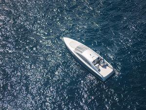 Du thuyền siêu sang chỉ cho 10 khách mua của Mercedes-Benz
