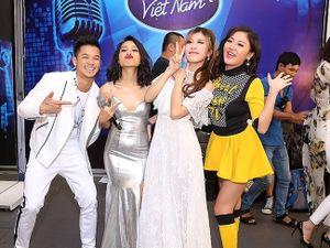 Thu Minh - Trang Pháp liên tục ôm hôn nhau mừng hit mới tại Vietnam Idol