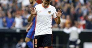 Cái tát vào mặt ban liên đoàn Barca