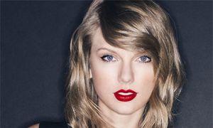 Taylor Swift công khai việc bị nam DJ lạm dụng tình dục
