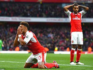 Arsenal đang rất nhớ Cazorla