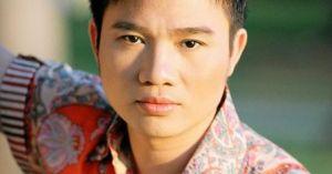Quang Linh: '51 tuổi, tôi đã có ai để cưới đâu'
