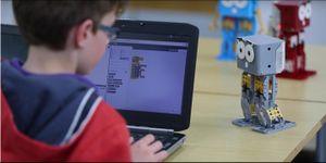 Robot giúp trẻ phát triển tư duy sáng tạo
