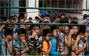 Trẻ em bị bỏ rơi ở Trung Quốc nhiều bằng dân số nước Anh
