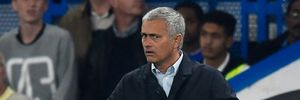 Terry ủng hộ thầy Mourinho vượt cơn sóng dữ