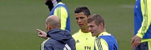 Real mất 3 cầu thủ trong trận với Granada