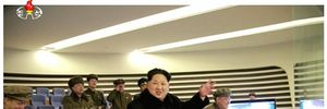 Ông Kim Jong Un ăn mừng vụ phóng tên lửa thành công