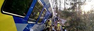 Chùm ảnh tai nạn tàu hỏa kinh hoàng ở Đức