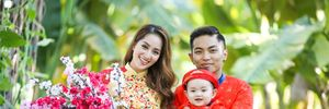 Gia đình Khánh Thi - Phan Hiển hạnh phúc du xuân