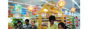 """Hàng Việt trước sự """"tấn công"""" ồ ạt của các đại gia bán lẻ ngoại"""