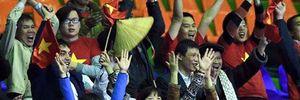 Nón lá Việt tung bay trên khán đài Uzbekistan