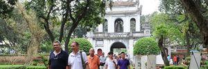 Hơn 300.000 lượt khách du lịch tới Hà Nội trong 7 ngày Tết