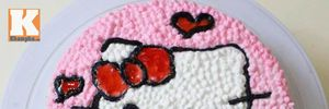 Bánh kem hình mèo Kitty cho bé ngày 1-6