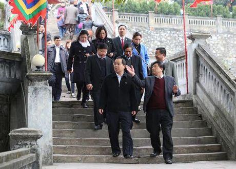 Kiểm tra công tác quản lý và tổ chức lễ hội tại Quảng Ninh và Hải Dương