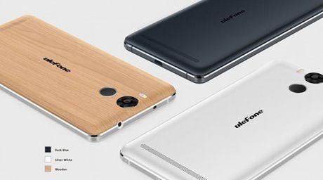 Smartphone vỏ kim loại và gỗ, pin 6.050 mAh giá 180 USD