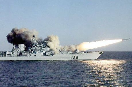 Để Trung Quốc dùng vũ lực chiếm Biển Đông, Mỹ-Nga đều thất bại