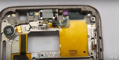 He lo bi mat ve kha nang chong nuoc cua Galaxy S7 - Anh 4