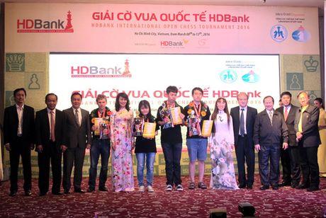 Sieu ky thu Wang Hao vo dich Giai Co vua HDBank 2016 - Anh 1