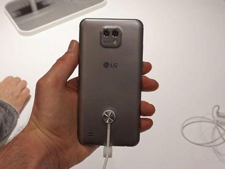 Ngam dien thoai LG X Cam vo kim loai, 2 camera sau - Anh 6