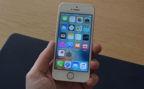 iPhone SE gay ngac nhien khi diem AnTuTu vuot ca iPhone 6s, RAM 2GB, - Anh 1