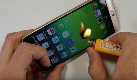 LG G5 de dang vuot qua cuoc 'hanh xac' dot nong, be cong - Anh 1