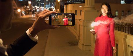 HTC 10: SnapDragon 820 hoac 652, 2 camera chong rung quang hoc, loa BoomSound voi am li rieng - Anh 10