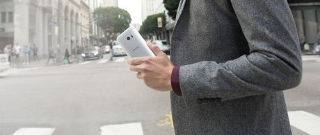 HTC 10: SnapDragon 820 hoac 652, 2 camera chong rung quang hoc, loa BoomSound voi am li rieng - Anh 7