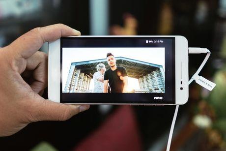 Dap hop Prime X Max: Nguyen khoi sang trong, cau hinh manh, gia hop ly - Anh 3
