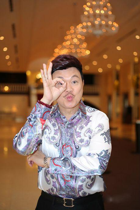 Tran Thanh - Hari Won lan dau tien ngoi ghe nong cung nhau - Anh 2