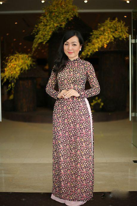 Tran Thanh - Hari Won lan dau tien ngoi ghe nong cung nhau - Anh 6