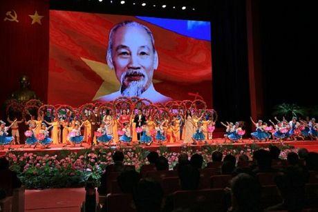 Ky niem 126 nam ngay sinh Chu tich Ho Chi Minh - Anh 1