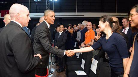 Tong thong Obama gap go doanh nghiep Viet Nam - Anh 5