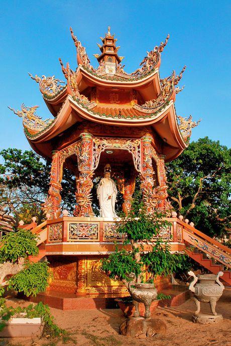 Ve dep hoang so va hung vi cua bien dao Phu Quy - Anh 4