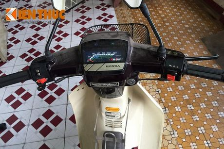 Honda Dream Thai vut moc meo 16 nam gia 200 trieu - Anh 3