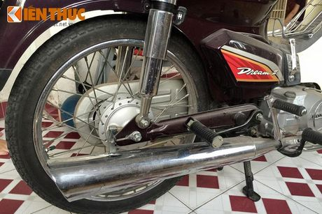 Honda Dream Thai vut moc meo 16 nam gia 200 trieu - Anh 8