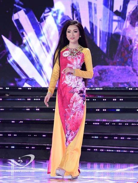Nguoi dep giong hoa hau Nguyen Thi Huyen nhat o Hoa hau VN 2016 - Anh 14